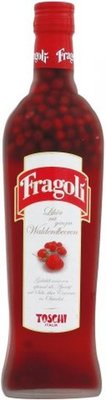 Fragoli Likör mit ganzen Walderdbeeren