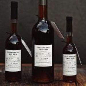 Trockenobst mit Rum Gewürzlikör